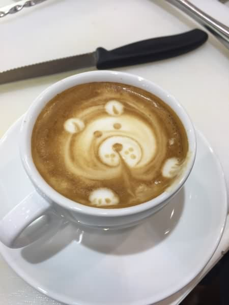 barista_latte_art_alteseite_neuesbild4_450x600_web